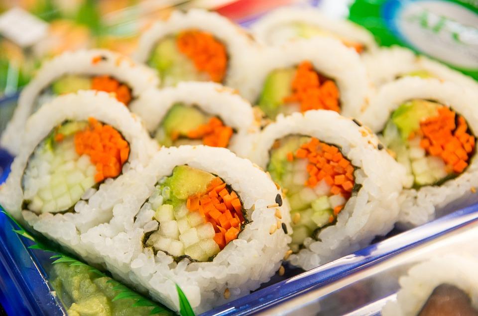 sushi-895174_960_720